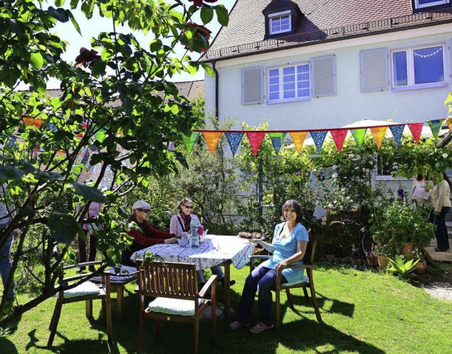 Lauschig: Der Garten von Barbara Reif ...nau   wie  rund 20 andere Bewohner.     | Foto: Rita Eggstein