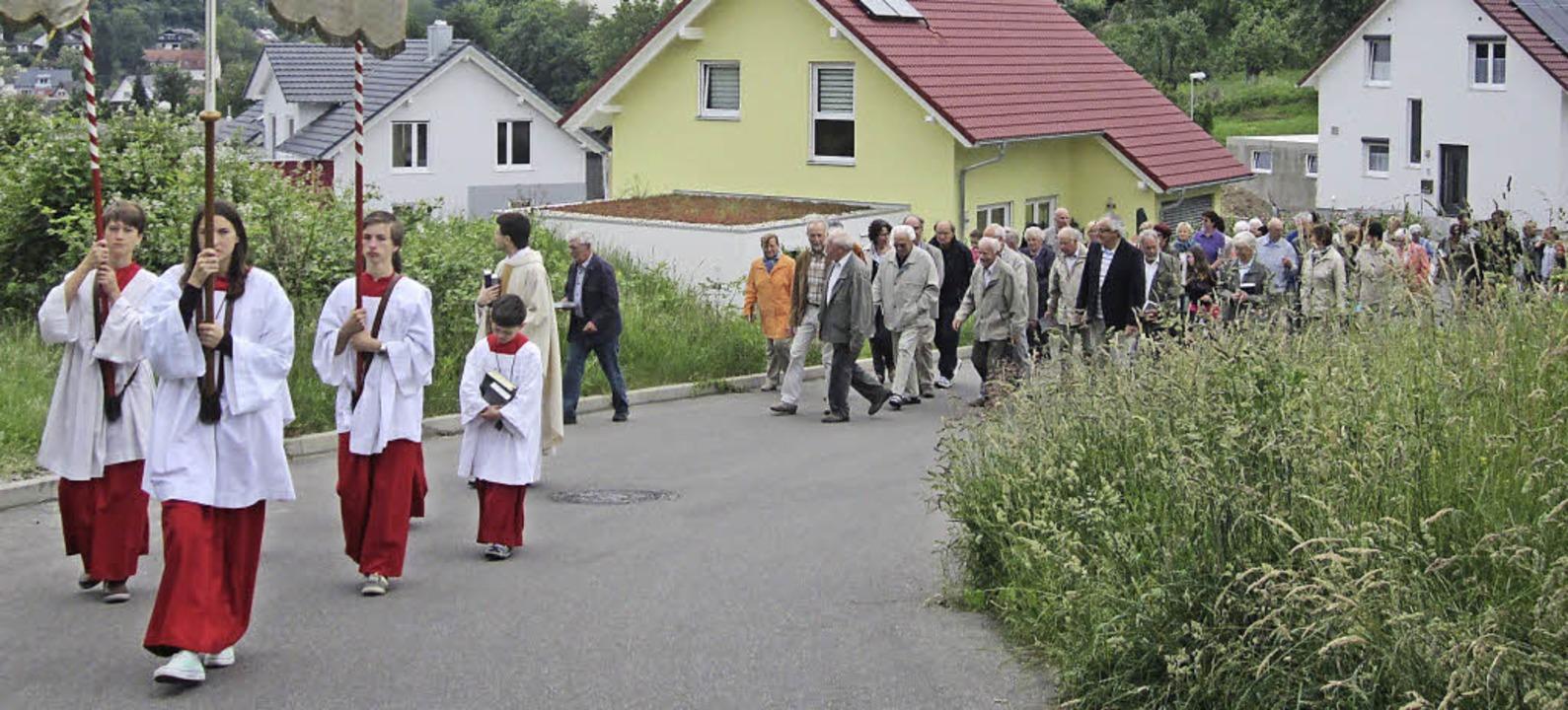 KENZINGEN-NORDWEIL (rmn). FEST VERWURZ...vier Stationen zu beten und zu singen.    Foto: Reiner Merz