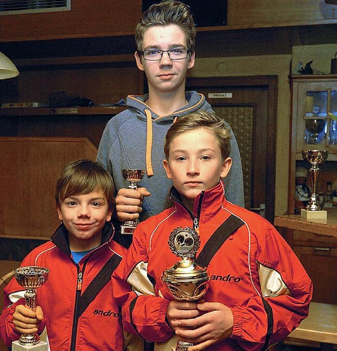 Geehrt wurden Michael Schweizer, Justi...tle und Noah Weinke als Jugendmeister.    Foto: Schweizer