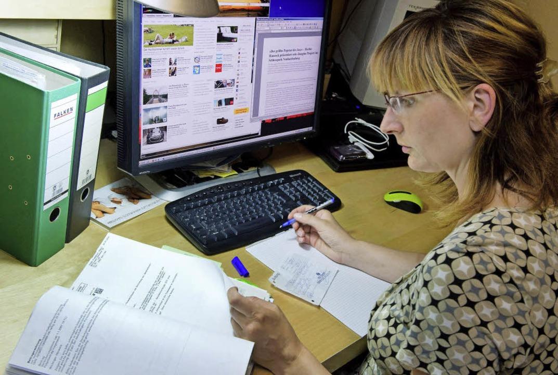 Viel mehr Menschen als früher arbeiten im Home Office.   | Foto: dpa