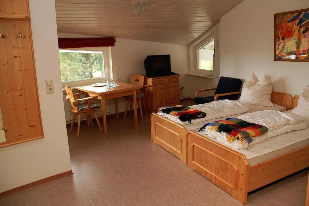 Zwei gut ausgestattete Ferienwohnungen im Haupthaus.    Foto: Grafenhausen