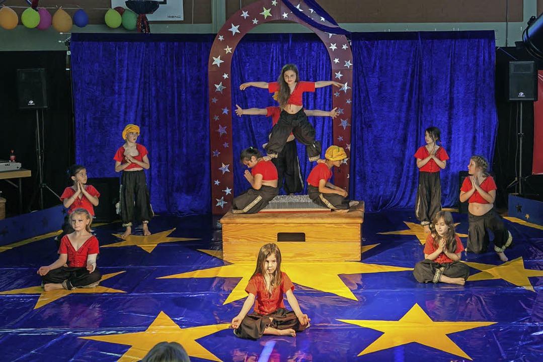 Auch in den Orient begaben sich die jungen Zirkuskünstler der Landeck-Schule.  | Foto: privat