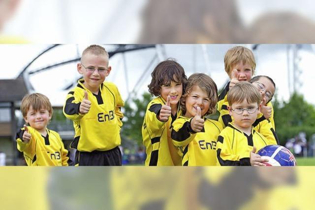 Nachwuchskicker beim Europa-Park-Cup