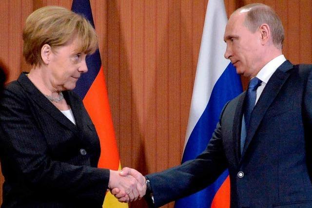 Merkel trifft Putin bei D-Day-Gedenkfeier