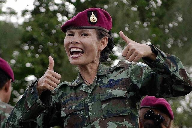 Thailand: Generäle verschreiben Glücksprogramm