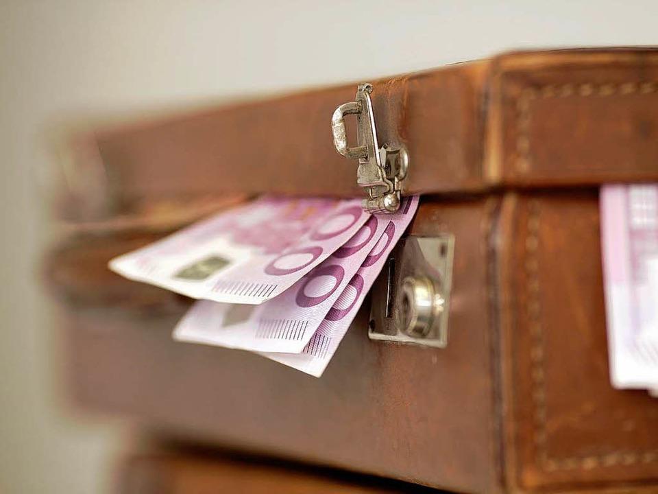 Auch Schwarzgeld hat die Konten der Schweizer Banken gefüllt.  | Foto: Peter Atkins - Fotolia