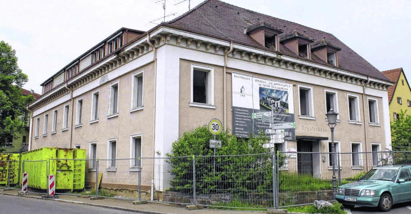 Das alte Krankenhaus in Bräunlingen wi...icht einem Neubau mit elf Wohnungen.      Foto: Maier