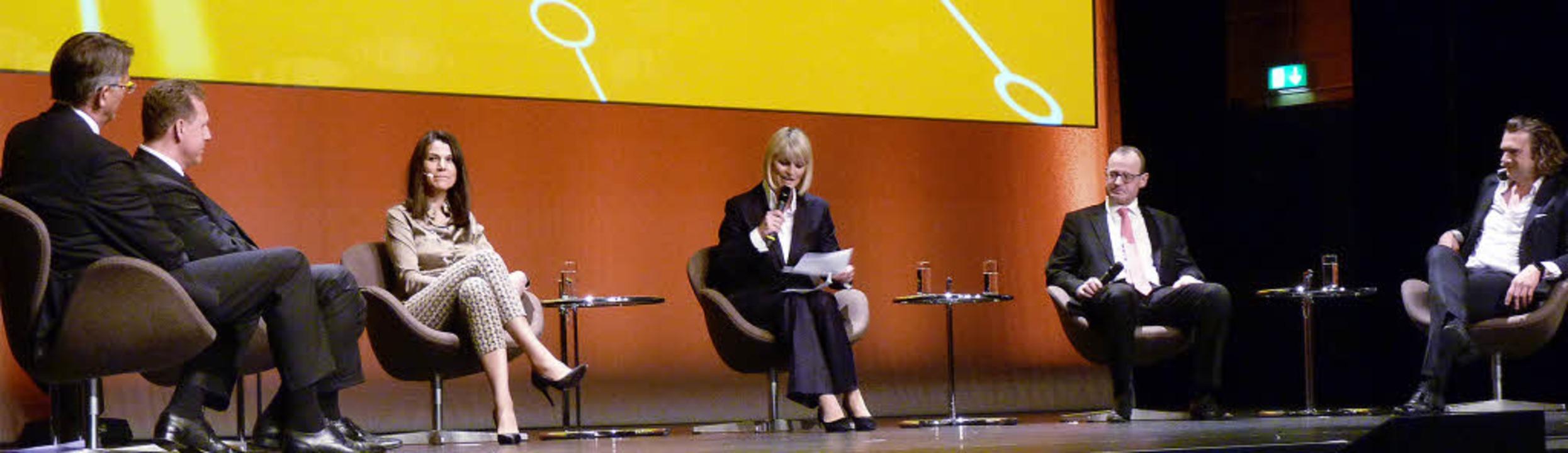 Auf dem Podium (v. l.):  Uwe Fröhlich,...ndula Gause, Roman Glaser, Nils Müller  | Foto: Cornelia Weizenecker