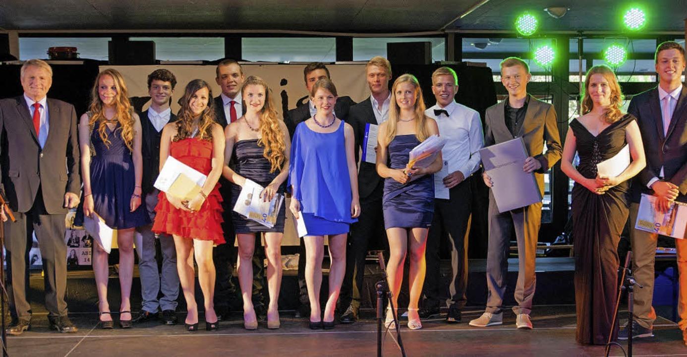Die besten Schüler des Marie-Curie Gymnasiums erhielten Preise und Applaus.    | Foto: Christophorus Halsch