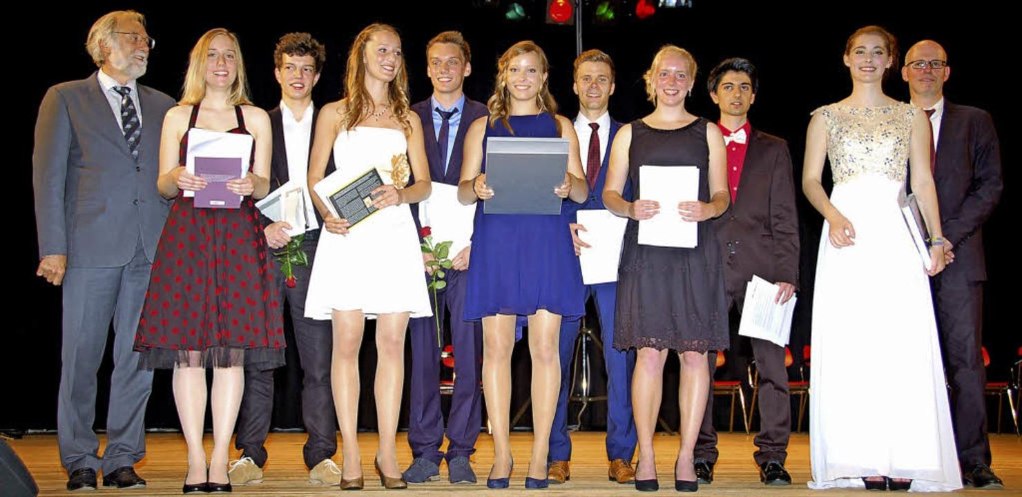 Preisträger der Abiturfeier Albert-Schweitzer-Gymnasium  | Foto: Andrea Steinhart