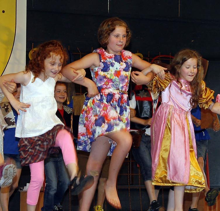 Die TV-Jugend zeigte Tänze, ...  | Foto: Heidi Foessel