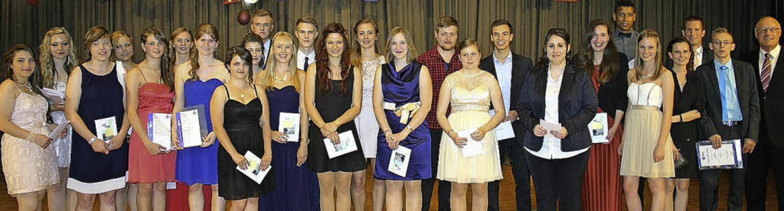 So sehen Abiturienten aus: der Abschlussjahrgang 2014.     Foto: Schule