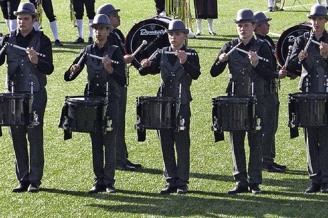 500 Musiker spielen ein Ständchen