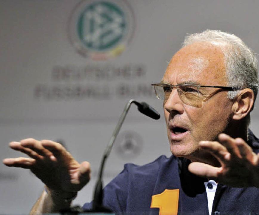 Franz Beckenbauer im Jahr 2010 –...noch Mitglied im Fifa-Exekutivkomitee     Foto: DPA