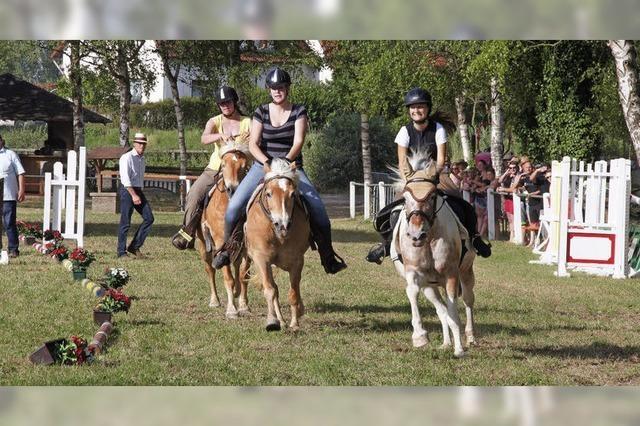 Heiße Sache für Pferde und Reiter