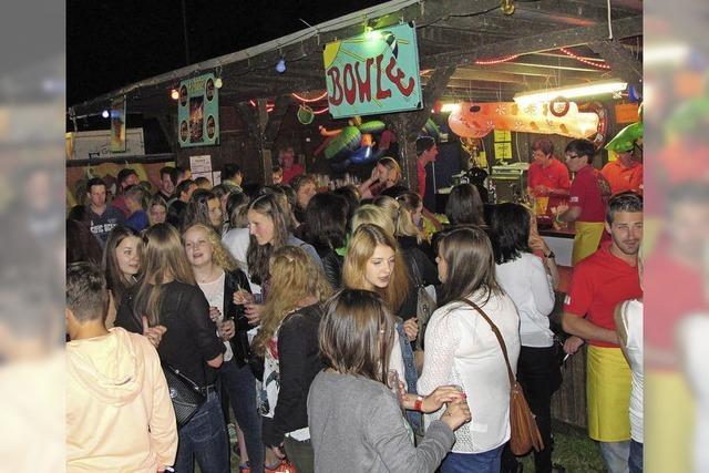 B-Fest in Winden: Party in der Hitze der Nacht