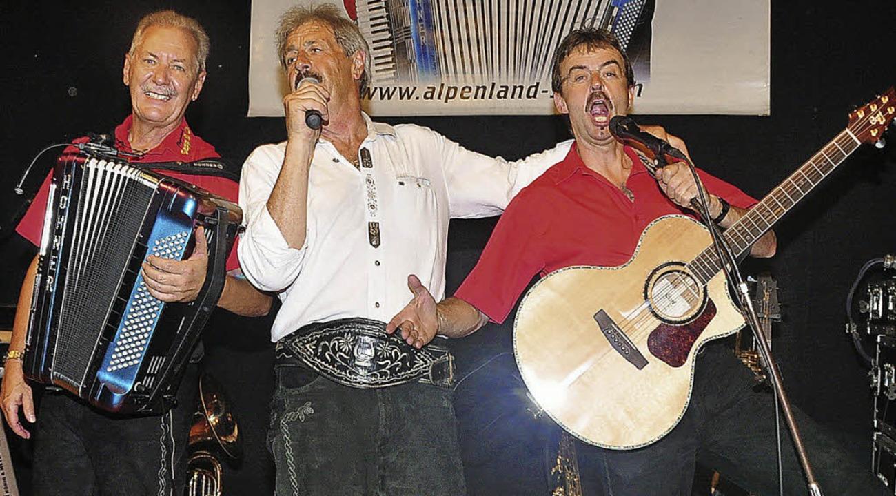 Rudi Exenberger, Sepp Silberberger und...anderem als Alpenrocker (Bild rechts)   | Foto: Stefan Pichler