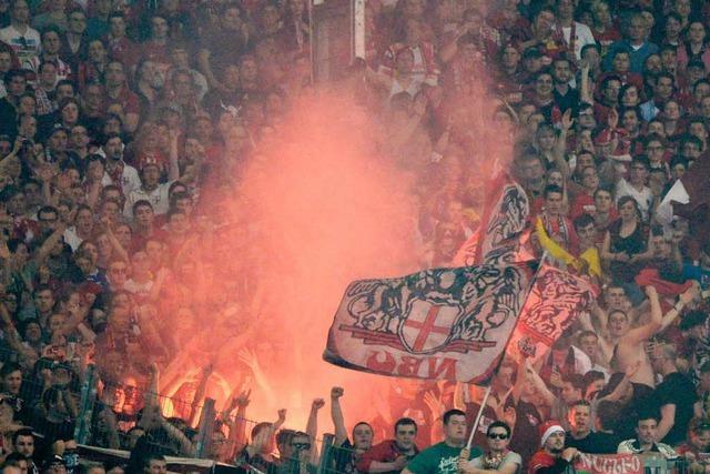 Sicherheit in Fußballstadien: Gall kündigt härtere Gangart an