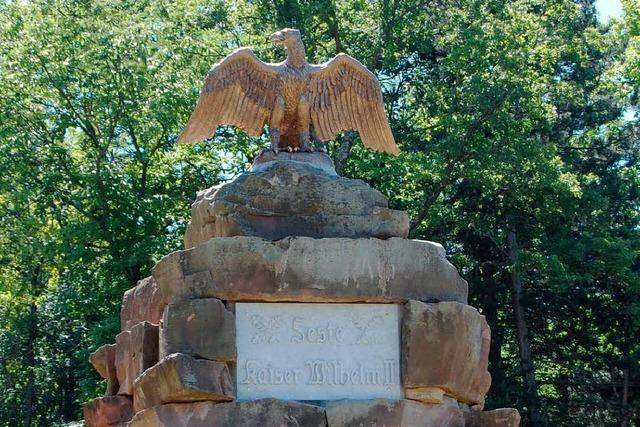 Feste Kaiser Wilhelms II.: Namensstein steht wieder