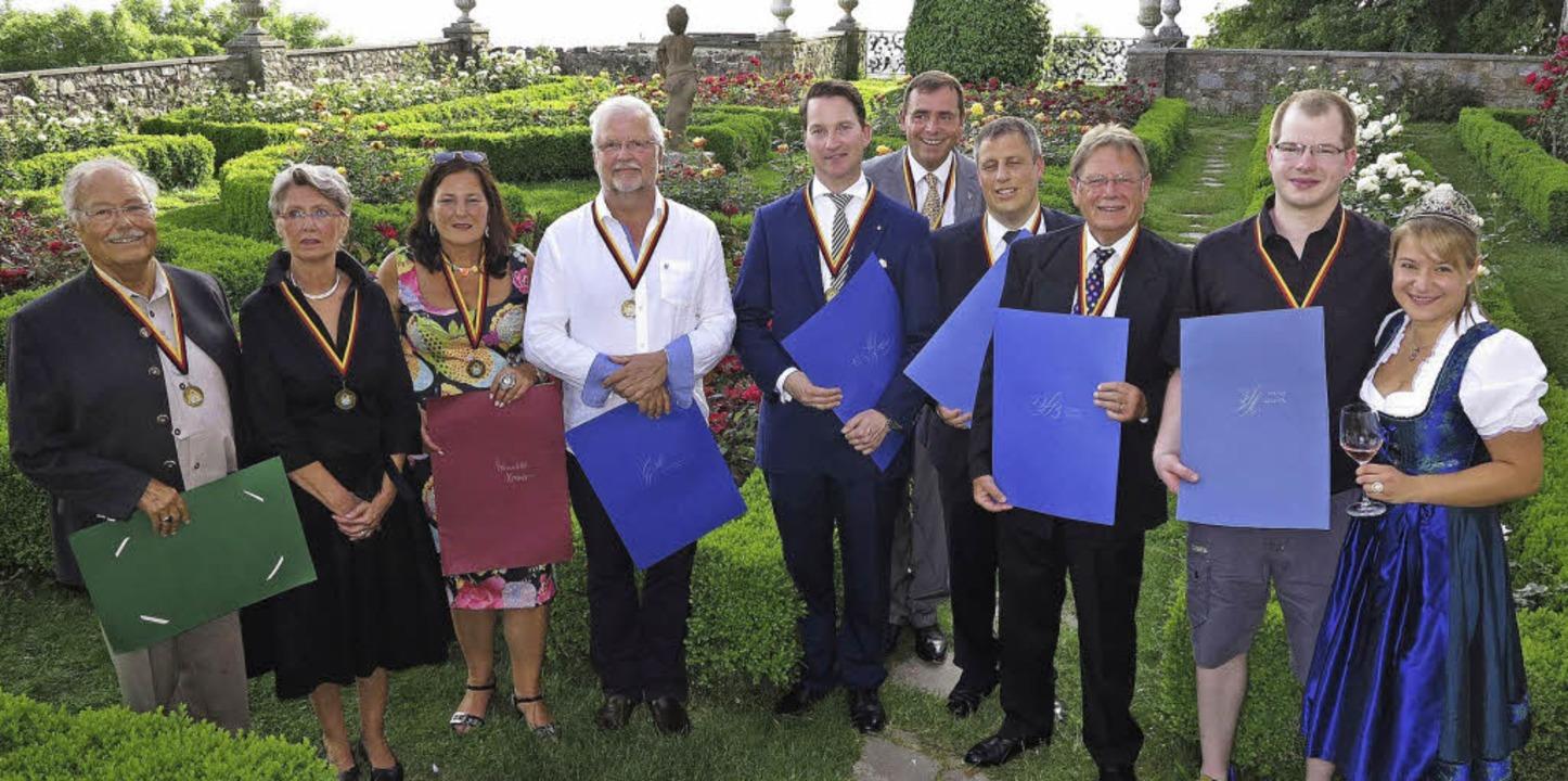 Die neuen Mitglieder der Markgräfler W... Weinkönigin Aurelia Warther (rechts)     Foto: Dorothee Philipp