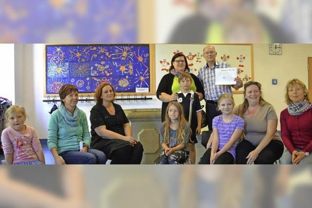 Spende für Familie nach Hausbrand