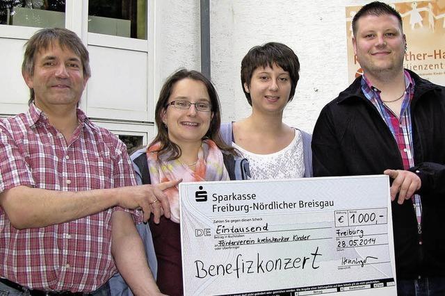 1000 Euro an Krebsklinik gespendet