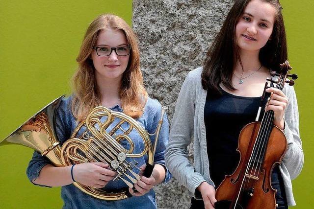 Zwei Lahrer Schülerinnen auf Tour mit dem Landesjugendorchester