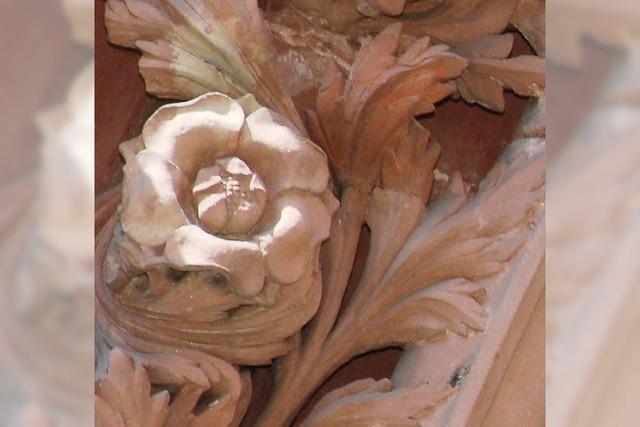 Die Fassade des Basler Münsters