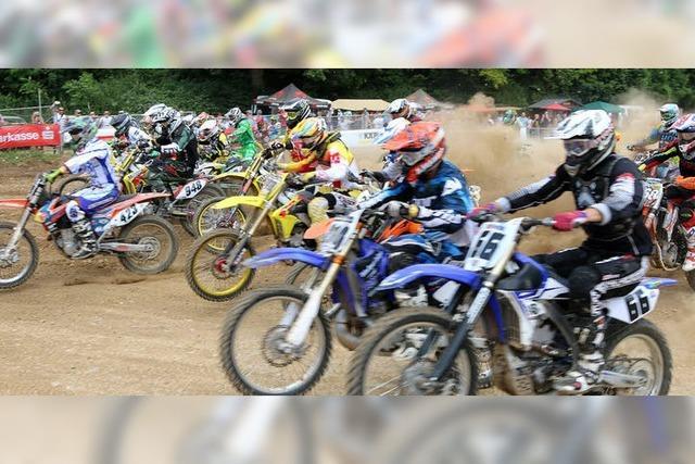 Tollkühne Sprünge beim 49. Internationalen ADAC Motocross
