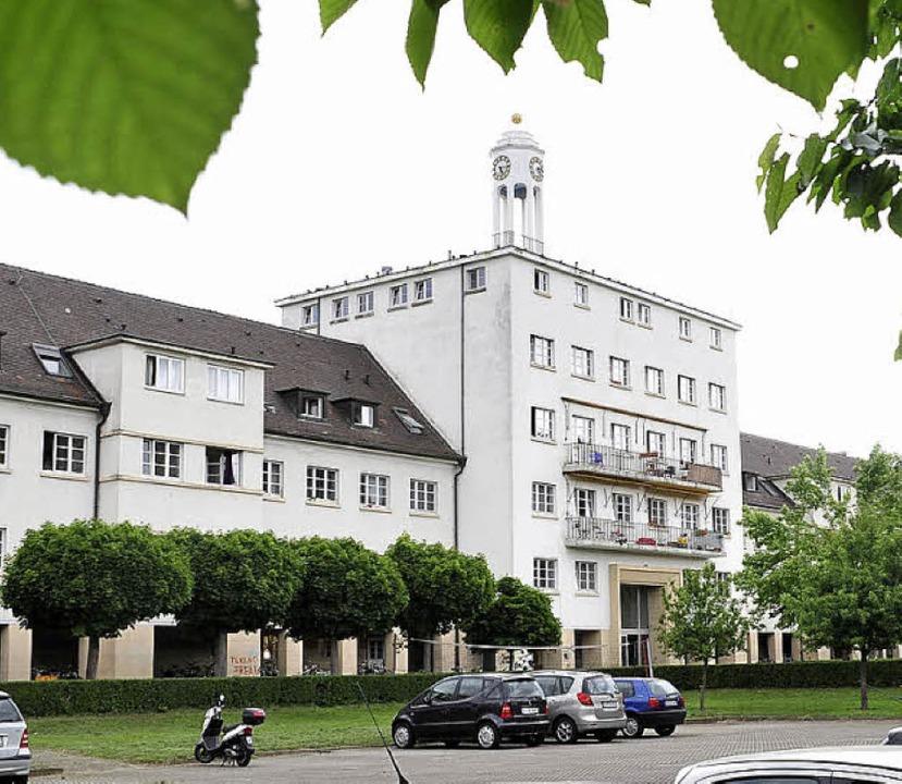 Hinterm Händelwohnheim sollen Neubauten entstehen.     Foto: Kunz