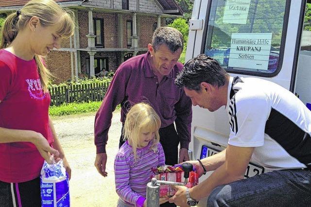 Zwei Baar-Familien helfen in Serbien