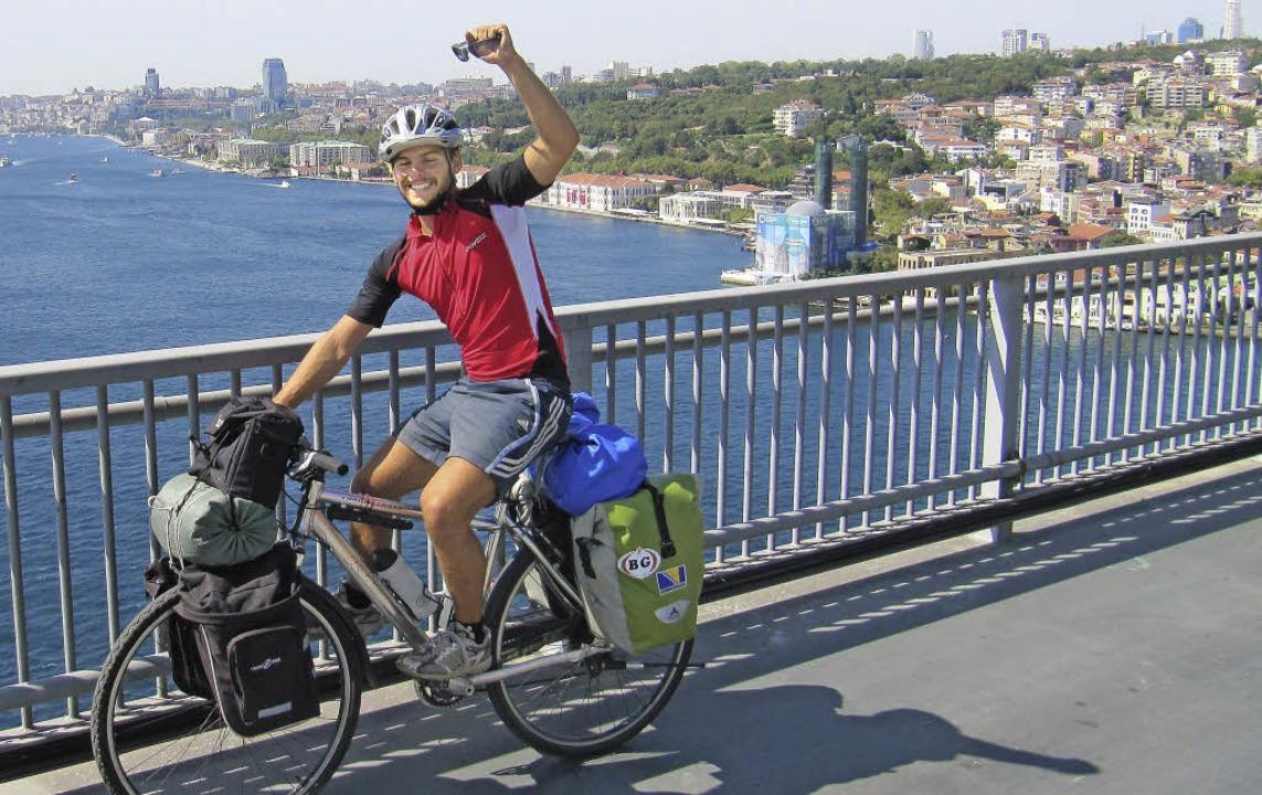 Istanbul liegt schon hinter Philip Lindner und seine beiden Mitstudenten.   | Foto: privat