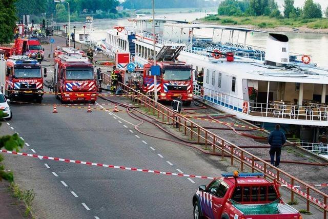Schiff schlägt leck – 154 Passagiere in Notunterkünften