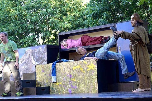 Theater auf verwundenen Pfaden