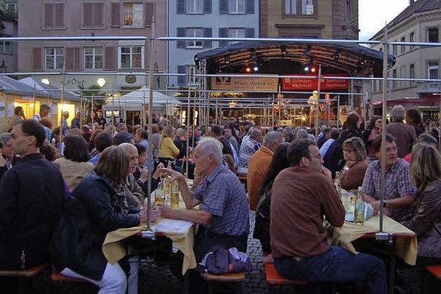 Beim Brückenfest wird die Altstadt zur Festmeile