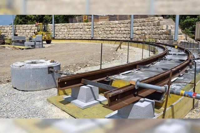 Gleisarbeiten für Tram auf der Leopoldshöhe fast abgeschlossen