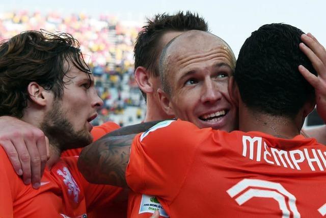 Niederlande siegen gegen Chile und sichern sich Gruppensieg