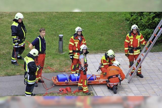 Feuerwehr übt an St. Franziskusheim
