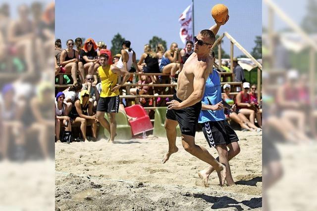 Handball und Sand satt