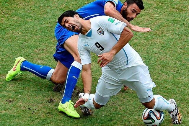 Uruguay beißt sich ins Achtelfinale – Italien ist raus