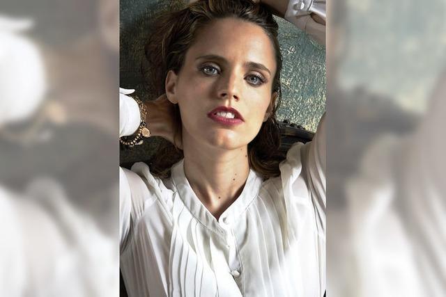 Zwischen Pop und Oper: Anna Calvi kommt nach Lörrach