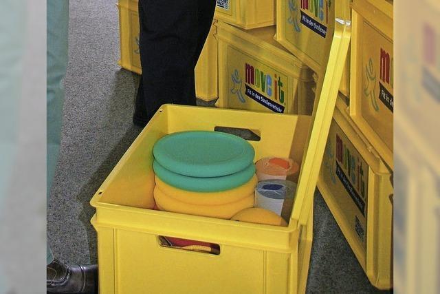 Gelbe Boxen bringen Kinder spielend in Bewegung