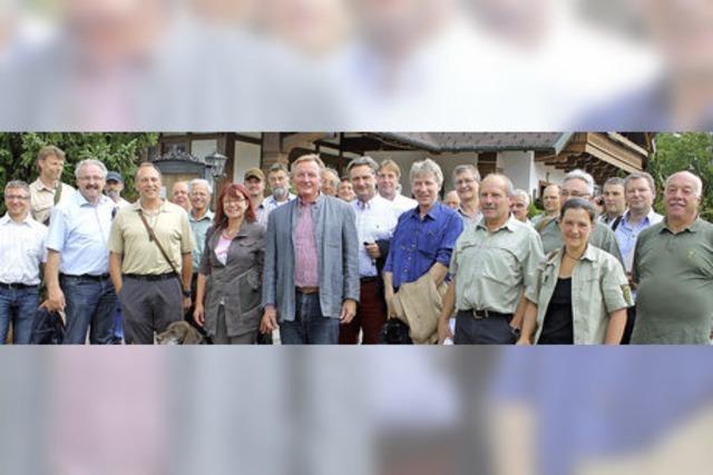 SPD-Landespolitiker lernen das Rotwildgebiet kennen
