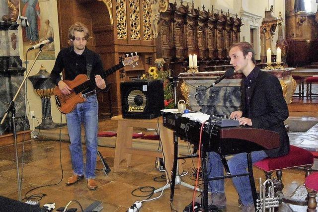 Glaubensbekenntnisse mit Synthesizer