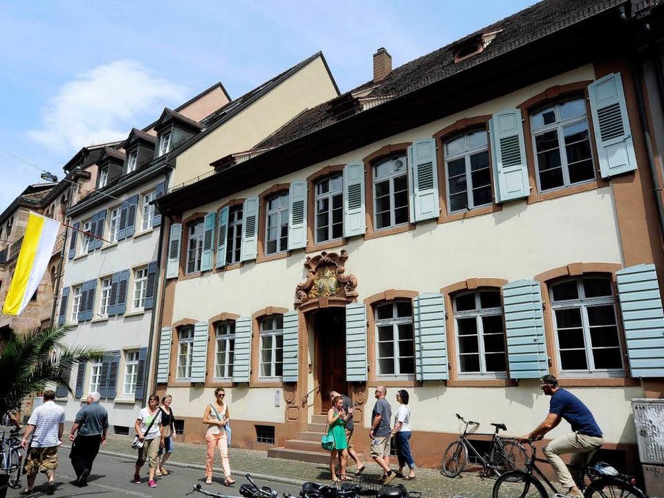 Nach 56 Jahren wechselt der Bischofssitz von der Herrenstraße 9 in die Nummer 39  | Foto: Thomas Kunz