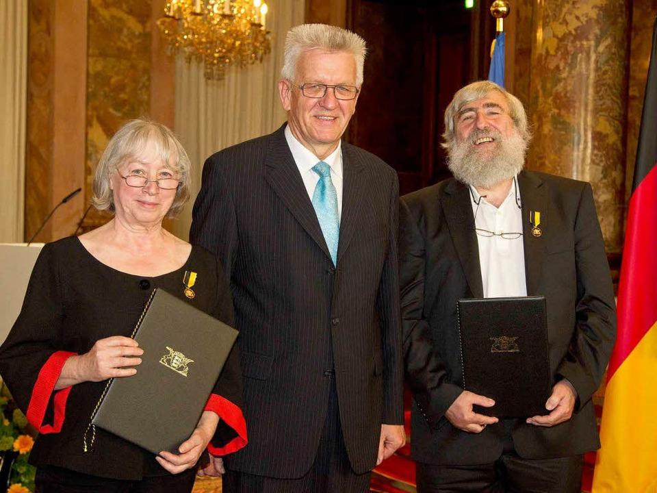 2012 wurden die EWS-Gründer Ursula und... mit dem Verdienstorden ausgezeichnet.  | Foto: land