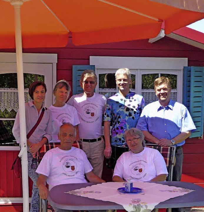 Der Vorstand des Staufener Gartenverei...es 40-jährigen Bestehens des Vereins.   | Foto: M. Burkert