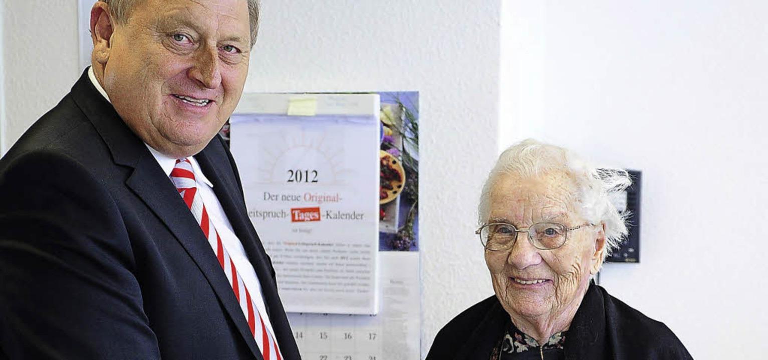 Schliengens Ehrenbürgerin Elisabeth Vo... bei der Feier ihres 95. Geburtstags.   | Foto: thomas Kunz