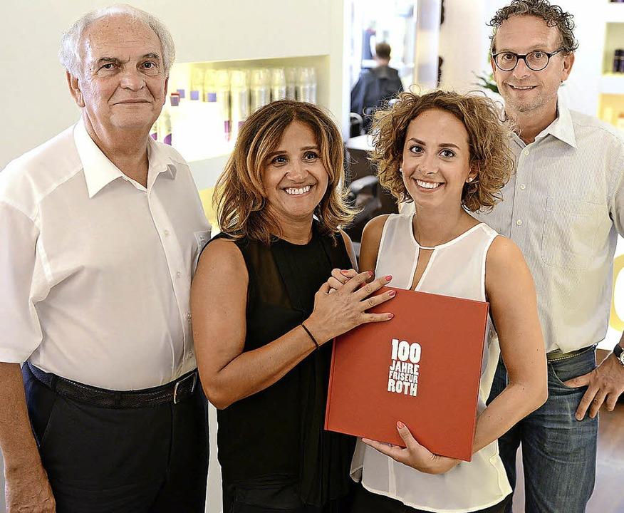 Ein Betrieb mit Familientradition (von... Foto fehlen Marianne und Oliver Roth.  | Foto: Eggstein