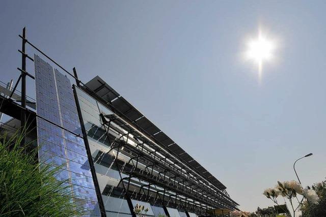 Freiburger Solar-Fabrik will wieder wachsen